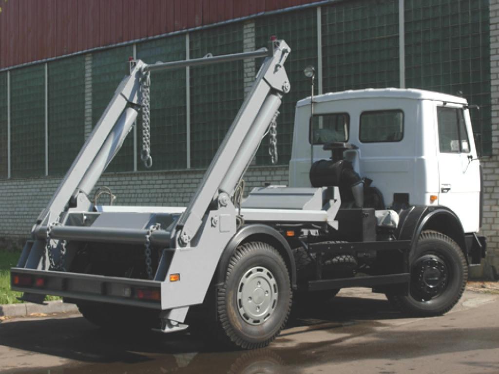 Контейнерный мусоровоз КО-450-10