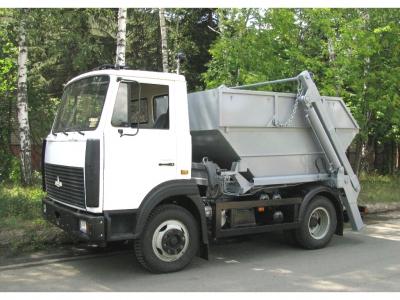 Контейнерный мусоровоз КО-450-11